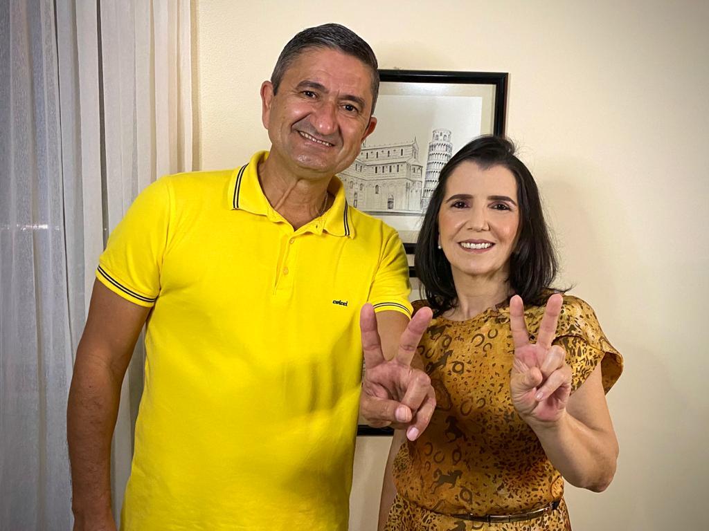 Dra. Elivania será a pré-candidata a vice-prefeita de George Duarte em  Santa Maria da Boa Vista | Blog do Banana