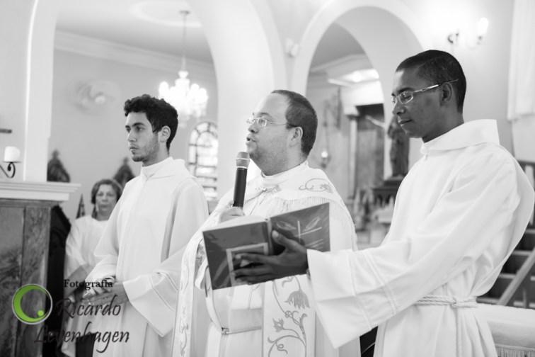 Batizado-do-Theo---20150510--37-fotografo-su-de-minas-fotografo-de-batizado