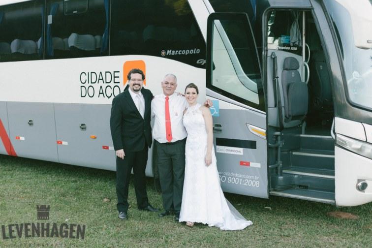 Ensaio de Luiz Paulo e Juliana---20160618--106ricardo-levenhagen-um-amor-quilometros-de-distancia-e-um-onibus-para-aproximar- Um amor quilômetros de distancia e um ônibus para aproximar