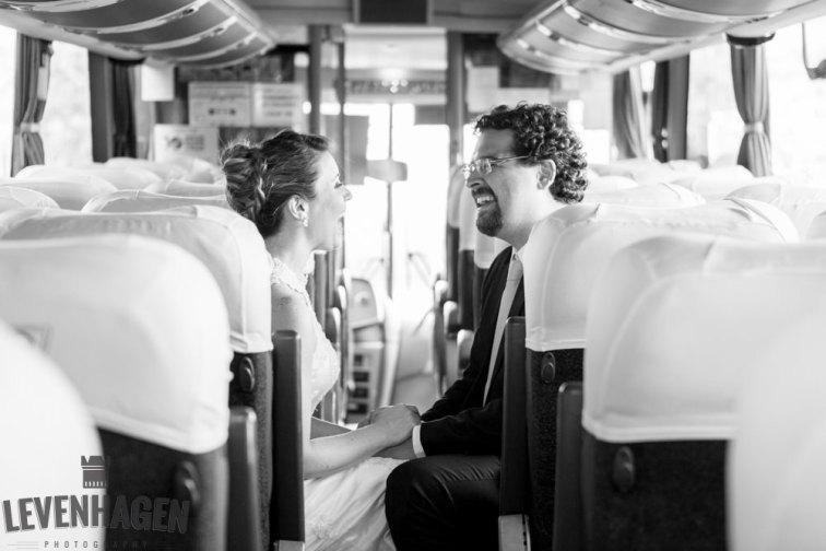 Ensaio de Luiz Paulo e Juliana---20160618--13ricardo-levenhagen-um-amor-quilometros-de-distancia-e-um-onibus-para-aproximar- Um amor quilômetros de distancia e um ônibus para aproximar