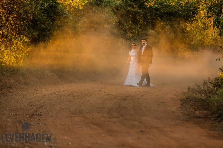 Ensaio de Luiz Paulo e Juliana---20160618--196ricardo-levenhagen-um-amor-quilometros-de-distancia-e-um-onibus-para-aproximar- Um amor quilômetros de distancia e um ônibus para aproximar