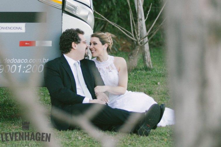 Ensaio de Luiz Paulo e Juliana---20160618--86ricardo-levenhagen-um-amor-quilometros-de-distancia-e-um-onibus-para-aproximar- Um amor quilômetros de distancia e um ônibus para aproximar