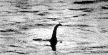 Nessie è tornata? Avvistato (di nuovo) il mostro di Loch Ness