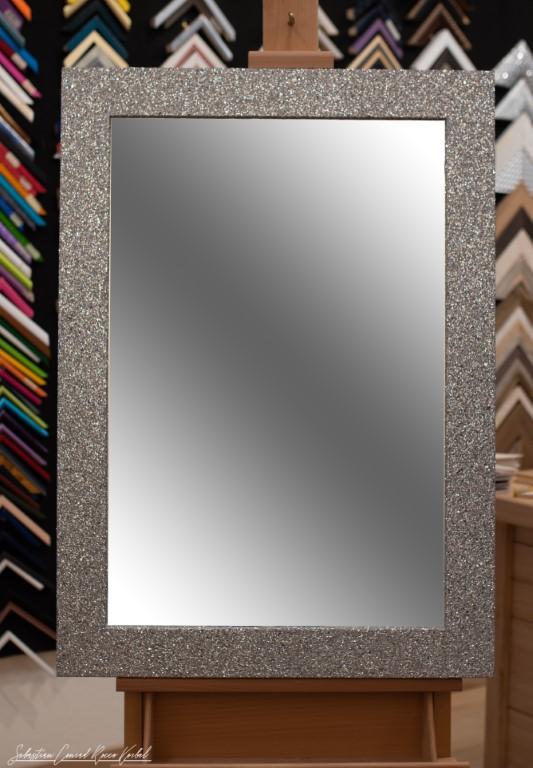 Cornici per specchi e specchiere su misura da Ricci Arte Livorno
