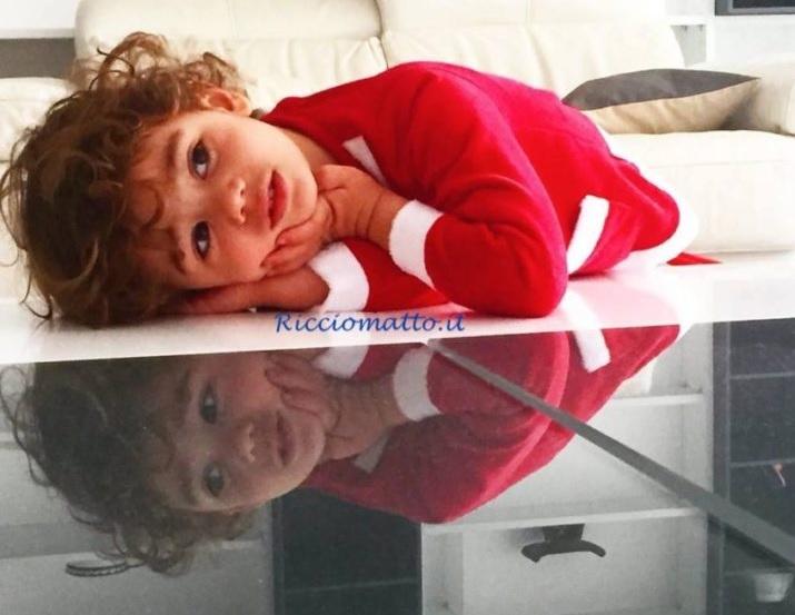 Il balsamo per capelli ricci dei bambini  niente più lacrime ... 73ac7c568632