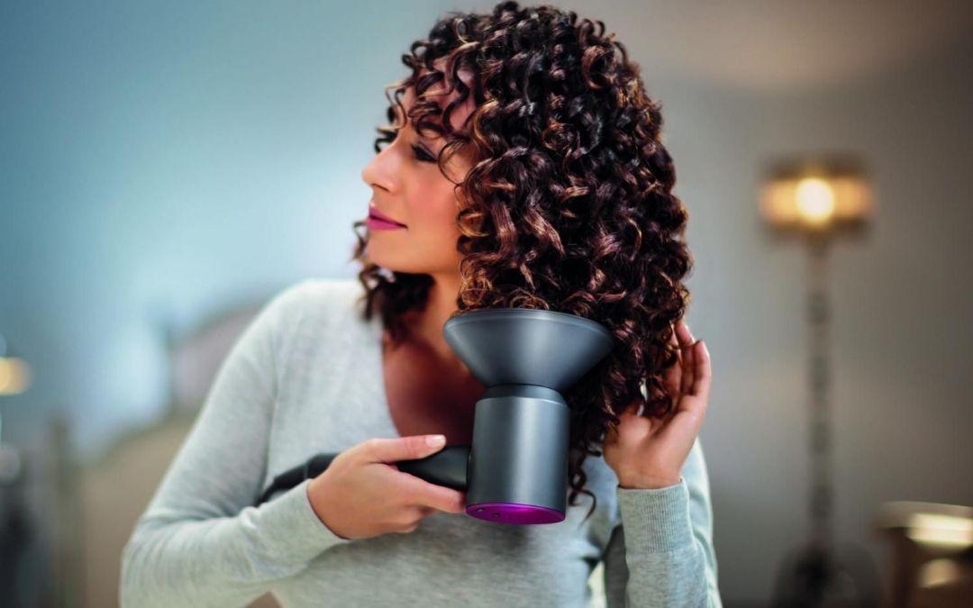 Asciugare i capelli ricci con Dyson Supersonic: l'asciugacapelli più costoso che c'è!