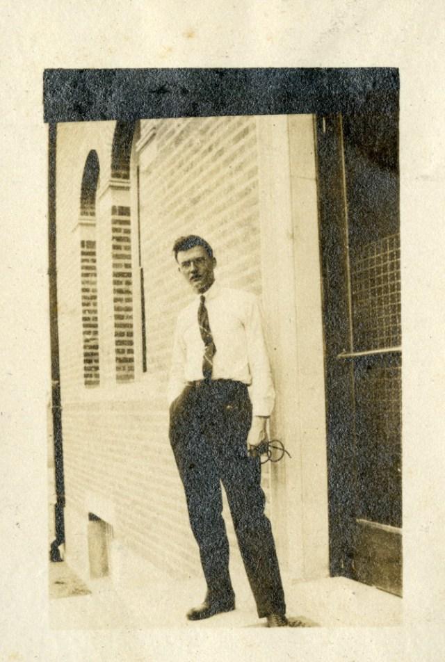 Van der henst c 1920