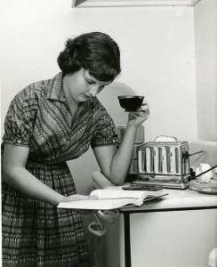 Coffee and Book girl 1958