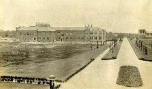 Mech Lab towards Main 1916 Knapp