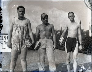 Glass trio of slimes 1929