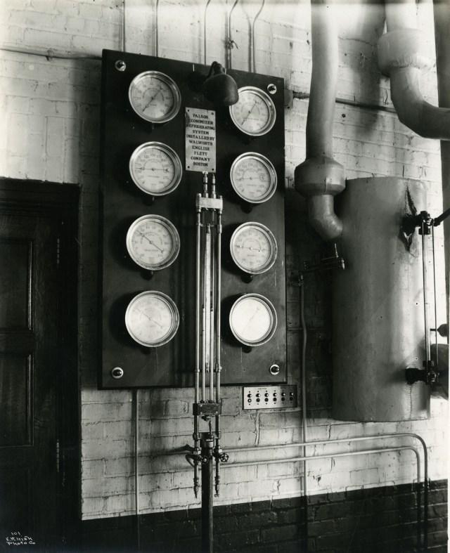 Power plant gauges Walworth English Flett