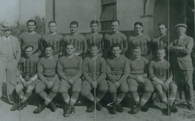 Football team 1926 with Heisman