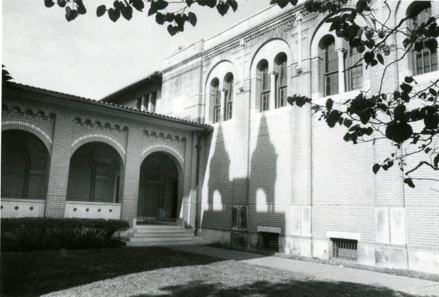 Morehouse physics shadows 1053