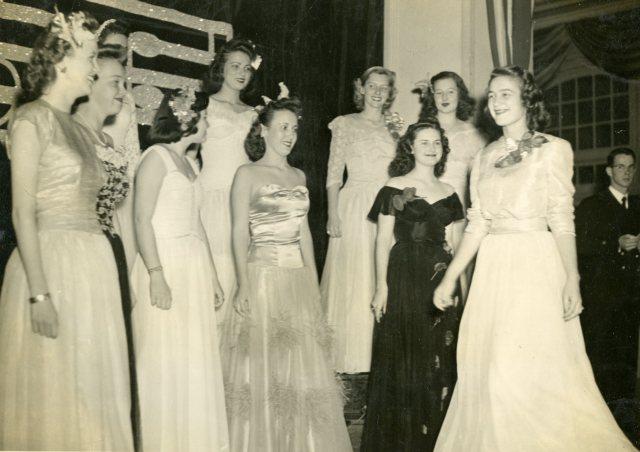 Halley Beth OWLS pledges 1945 048