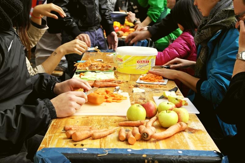 Ricemilkmaid Blog | Magdeburg: Pappsatt Schnippeldisko