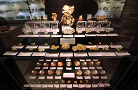 Gold Display and Exhibit - Rice Northwest Rock and Mineral Museum.