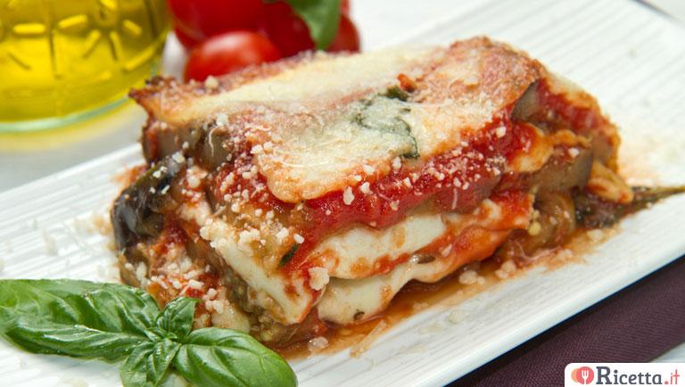 Ricetta Parmigiana di melanzane  Consigli e Ingredienti  Ricettait