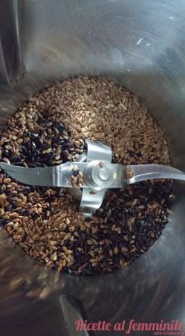 Pane riso venere bimby - riso-rosso-100-g-e-semi-lino-2-cucchiai