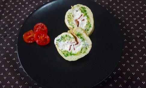 Rotolo di frittata farcito con zucchine e philadelphia - rotolo-di-frittata-farcito