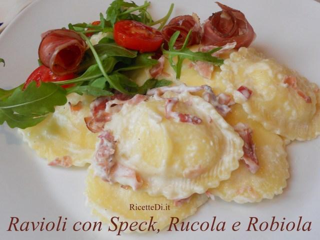 01_ravioli_di_ricotta_con_speck_rucola_e_robiola