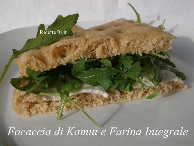 focaccia_di_kamut_e_farina_integrale_01