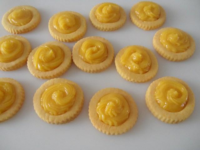 17_biscotti_con_crema_al_limone