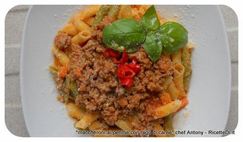 foto-ricetta dei maccheroni al pettine con ragù di carne