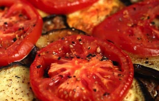 Melanzane e pomodori gratinati al forno  Ricette in 30 minuti