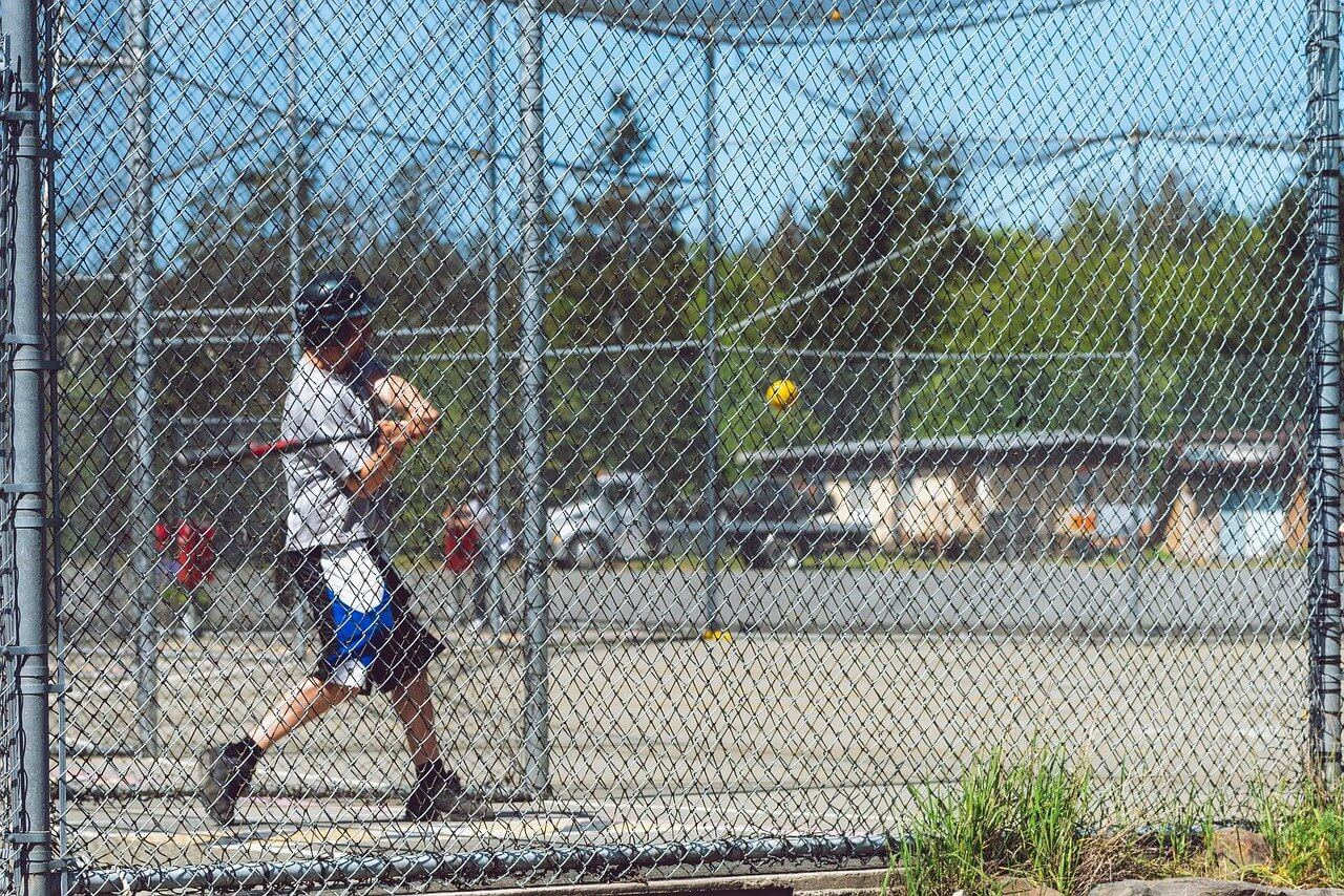 少年野球向けチームのバッティング練習におすすめ/ピッチングマシン