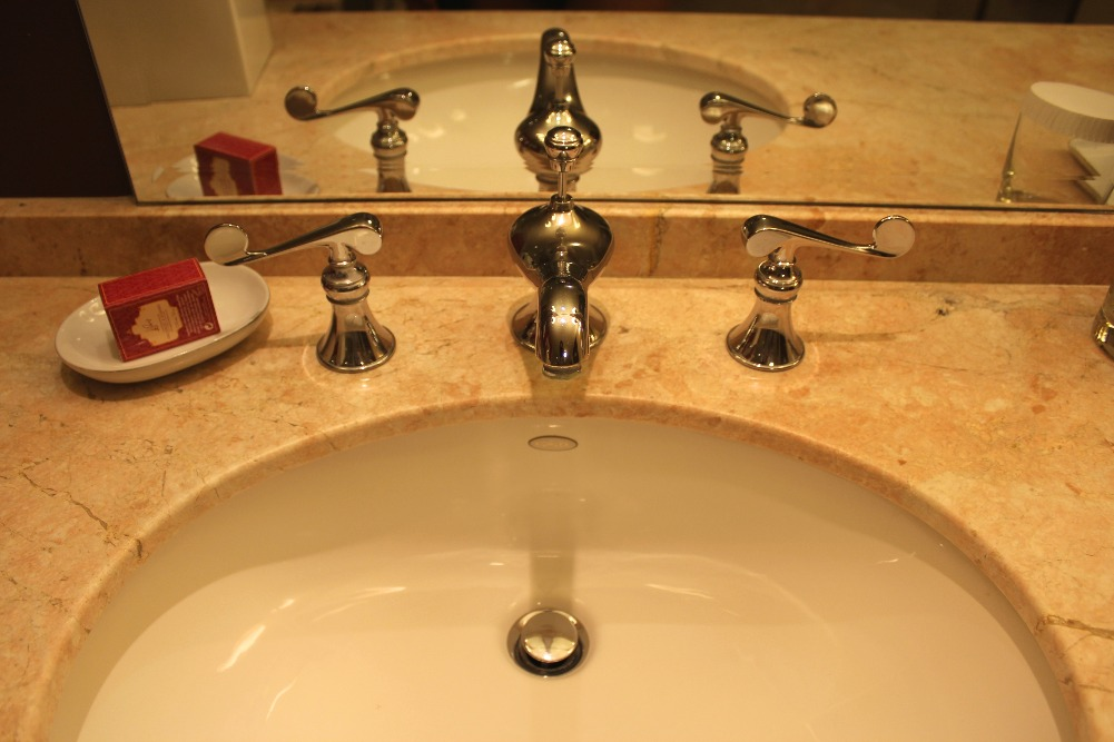 PARIS LAS VEGAS - BATHROOM SINK 3