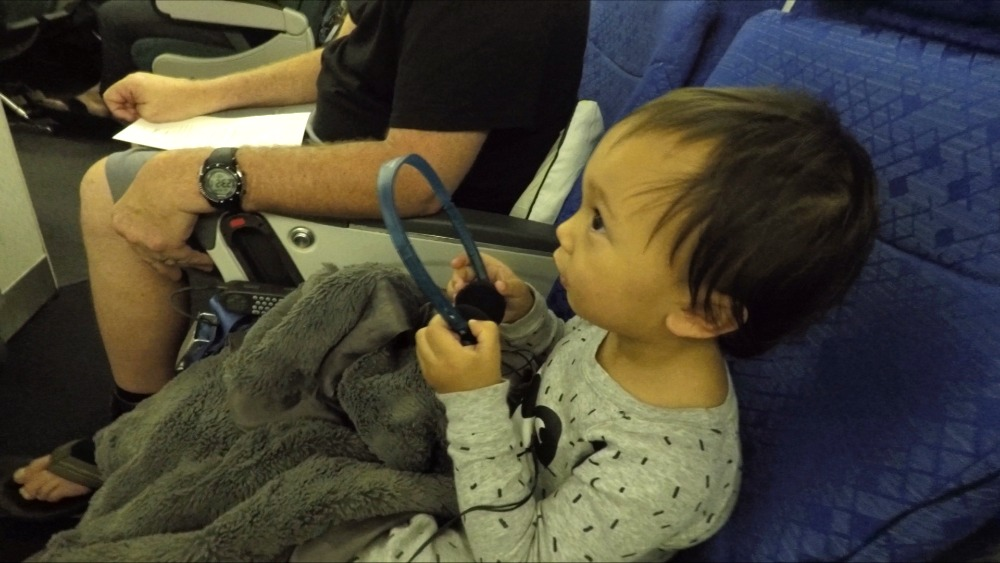 10 TIPS ON HOW TO TRAVEL WITH A TODDLER 5