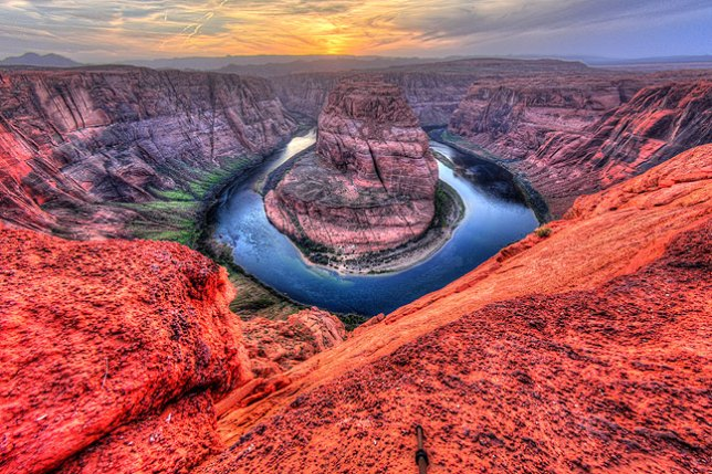 This is the same image at Horseshoe Bend, straightened using Adobe Photoshop, and is the result I wanted.
