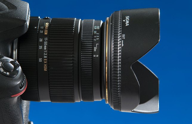 Another view of the Sigma 17-50mm f/2.8; despite its optical shortcomings, it is a well-built, good-looking lens.