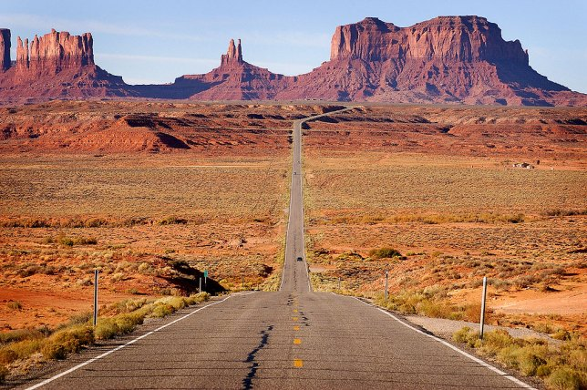 This classic version of the northern approach to Monument Valley was made in October 2006.