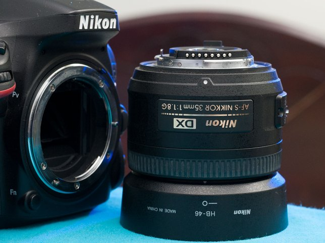 I consider the 35mm f/1.8 an excellent, nearly viceless lens, and wouldn't hesitate to recommend it to anyone shooting a Nikon with a 24mm x 15mm sensor.