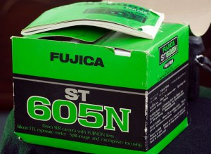 The green Fuji box is exactly as I remember it from the day my ST605N arrived in 1978.