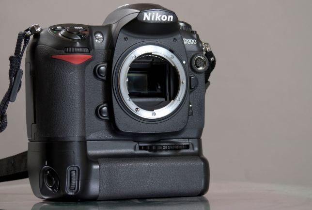 The Nikon D200 stands tall on its MB-D200 vertical grip. The D200 is a good-looking, great-handling camera from the mid-2000s.