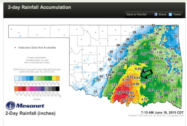 The black arrow points to a Mesonet station just a couple of miles from our house. As you can see, we got a lot of rain, but didn't have the worst of it.