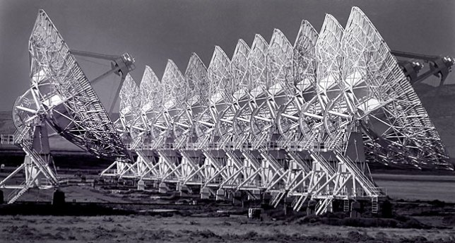Frame made from the VLA access road with a 300mm.