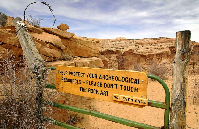 Just a few steps down the trail at Horseshoe Canyon is this sign.