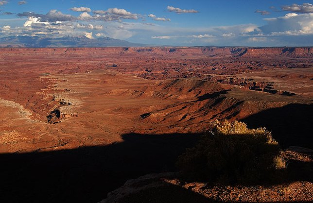 View looking northeast from Gooseberry trail head, Island in the Sky district, Canyonlands.