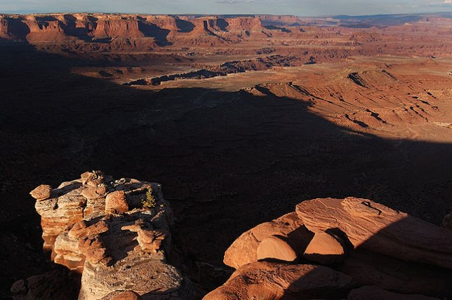 View looking north from Gooseberry trail head, Island in the Sky district, Canyonlands.