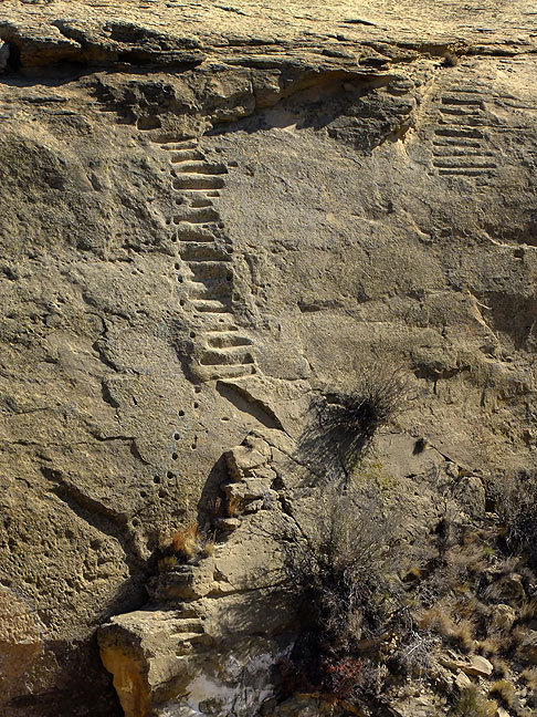 The Chacoan staircase would presumably be supplanted by wooden ladders.
