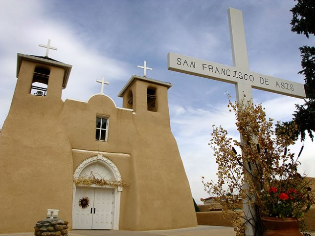 San Francisco de Asis Church, Taos, New Mexico; the light was down, so we didn't shoot all that many images.