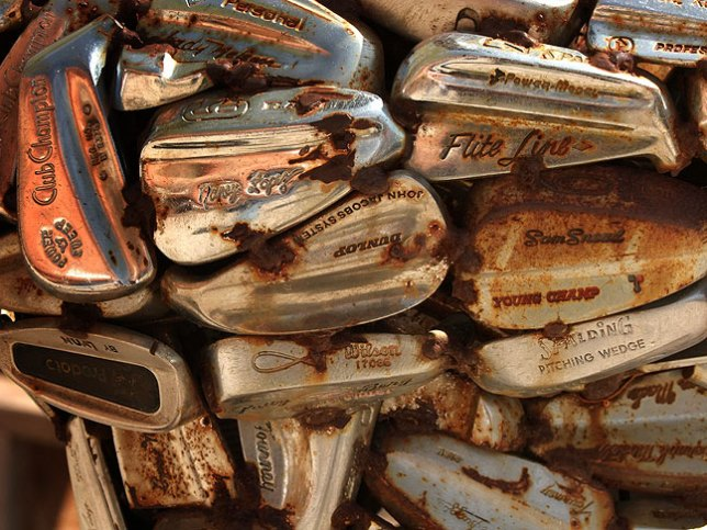 Golf club sculpture, Hole-N-the-Rock, Utah.