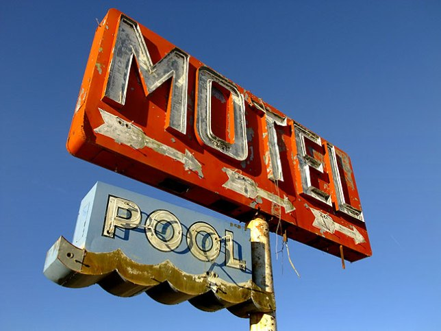 Also along Interstate 40 near the Arizona-New Mexico border was this well-weathered motel sign. There was no sign, however, of any motel or pool to go with it.