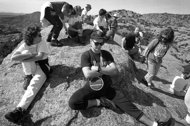This was the largest hiking party in which I participated, in October 1993. There were 17 of us, and we broke into three groups. By the end of the day, one of our entourage had gotten lost, then was found after a brief search.