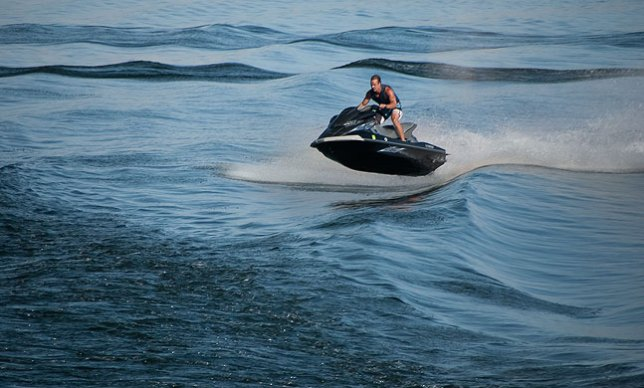One cool thing we saw on Lake Powell was jet skiers taking advantage of our wake.