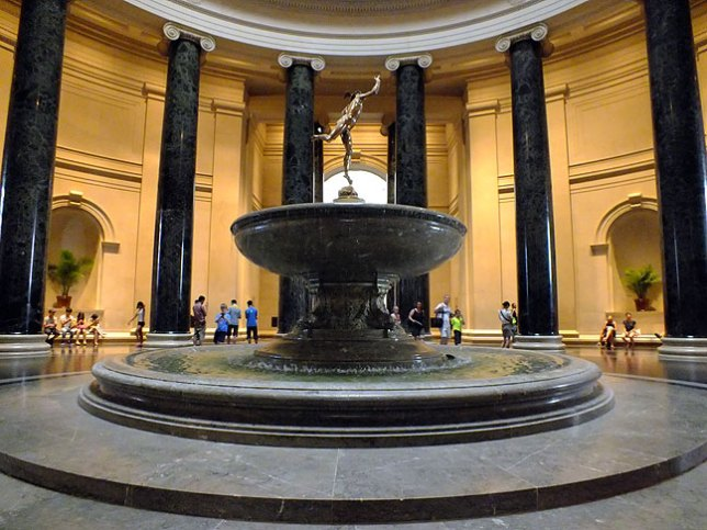Granite and marble make the National Gallery feel important and permanent.