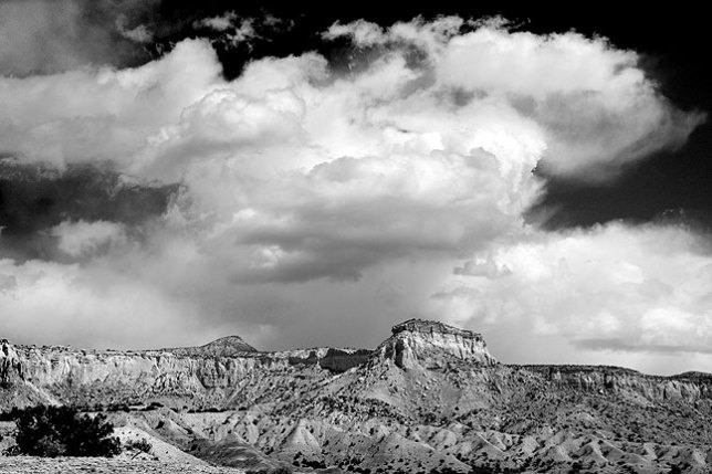 The moody skies and lands of northern New Mexico never cease to amaze, and seeing them again reminds me why artists like Georgia O'Keeffe lived and worked here.
